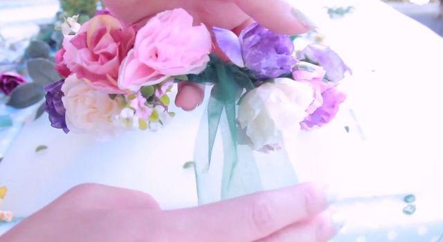 Zrób to sama, czyli najmodniejsza opaska z kwiatami [VIDEO]