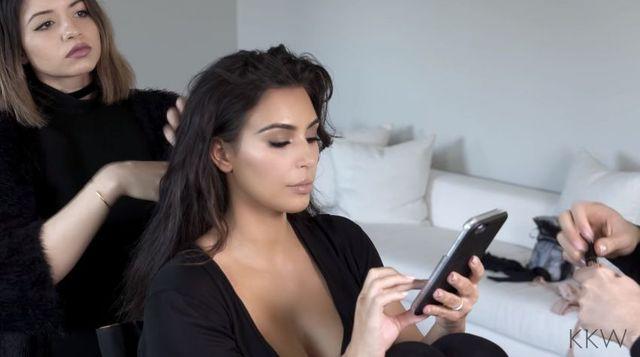 Ile zajmuje wykonanie makijażu Kim Kardashian i jak wygląda to na co dzień?