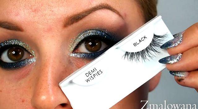 Makijaż w odcieniach granatu - brokatowe, kocie oko [VIDEO]