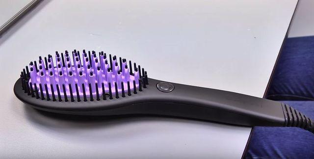 Ta szczotka idealnie wyprostuje Twoje włosy [VIDEO]