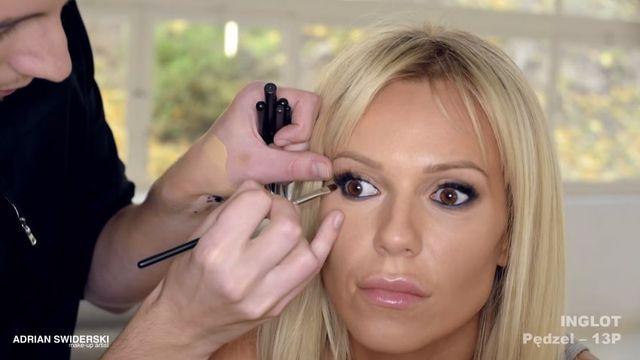 Podoba Ci się makijaż Dody? Wiemy, jak go wykonać [VIDEO]