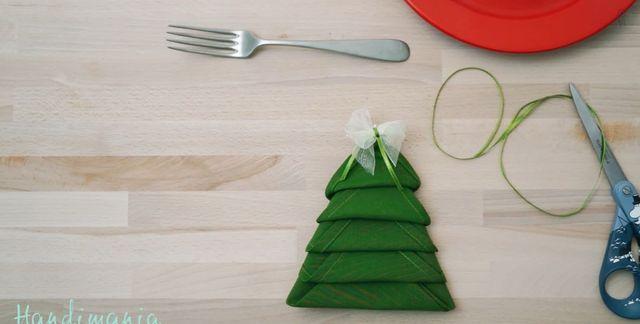 Świąteczne dekoracje - serwetka w kształcie choinki [VIDEO]