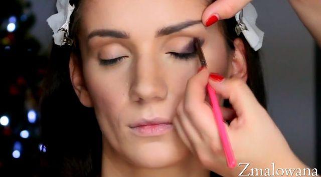 Odważny, sylwestrowy makijaż według Zmalowanej [VIDEO]