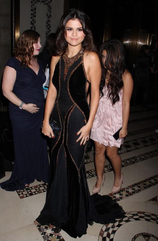 Selena Gomez w Dolce & Gabbana (FOTO)