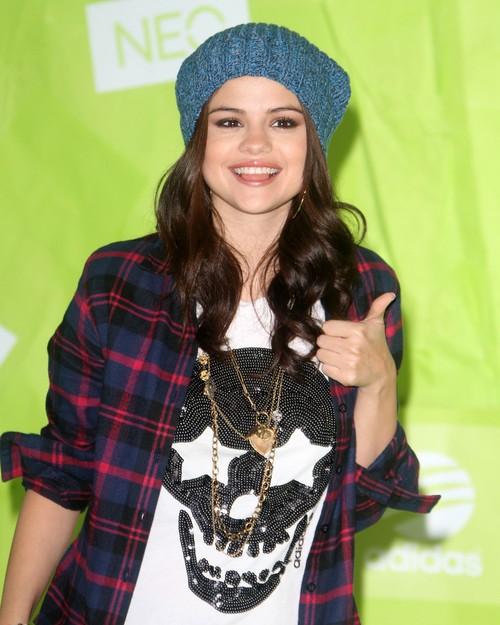 Selena Gomez ambasadorką linii Adidas NEO (FOTO)