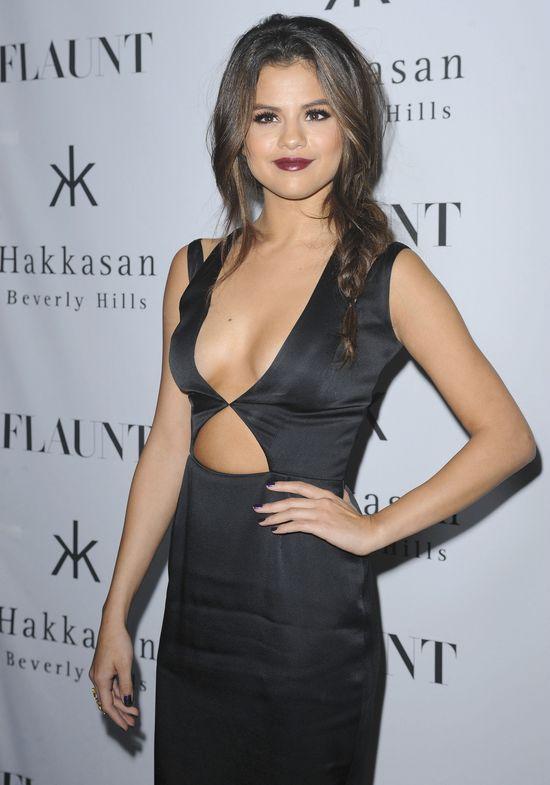 Bella Thorne vs. Selena Gomez (SONDA)