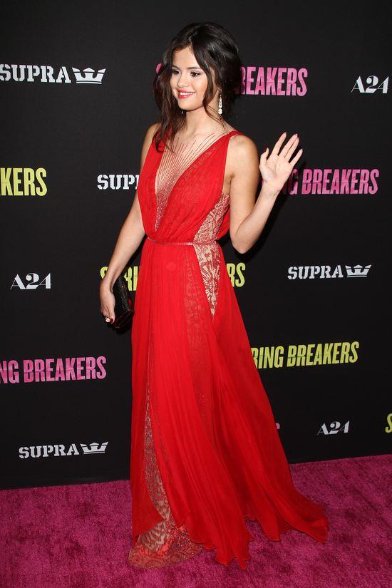 Selena Gomez w Reem Acra (FOTO)
