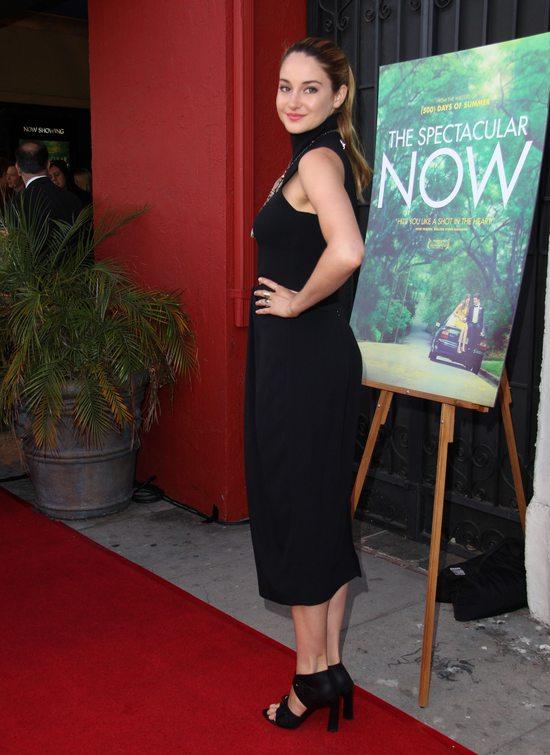 Shailene Woodley w zestawie Proenza Schouler