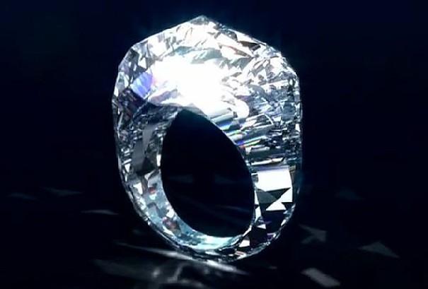pierścionki z brylantem
