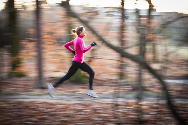 Dlaczego musisz wyprać ubrania po treningu jak najszybciej?