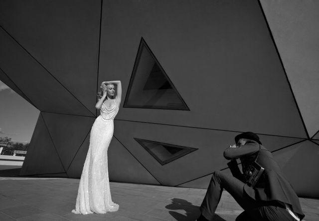 Zakochacie się w sukniach z kolekcji Homage to the Sizzling 1920s od Galia Lahav