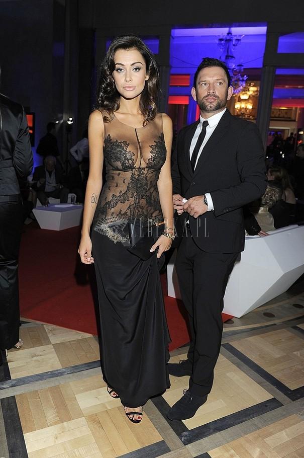 Natalia Siwiec w koronkowej sukience