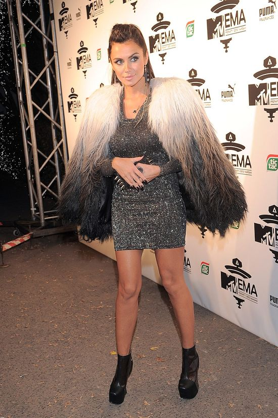Przebrania celebrytek na MTV EMA (FOTO)