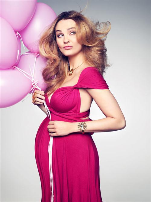 Ciężarna Małgorzata Socha w kolejnej kampanii marki Tous