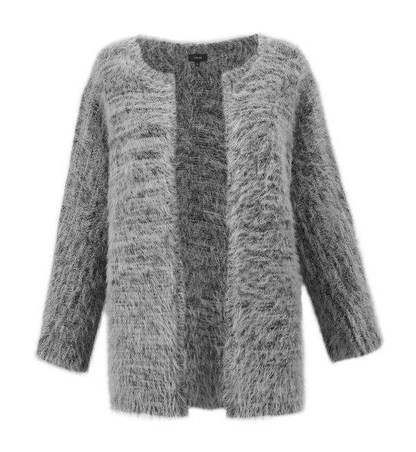 Sharkskin - kolor tegorocznej jesieni wg Pantone - przegląd ubrań