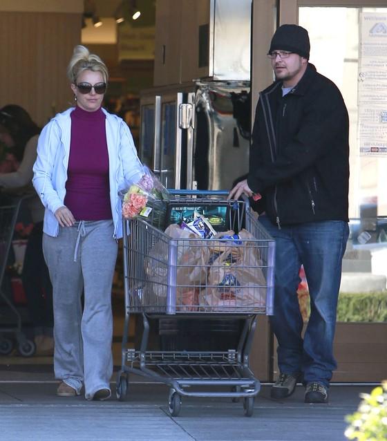 Britney Spears w dresie