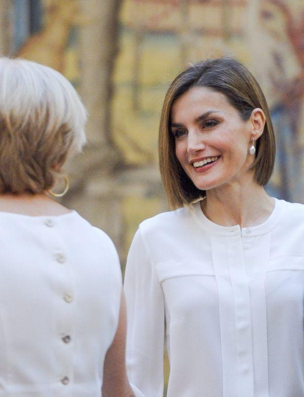 Królowa Hiszpanii, Letizia, w wężowej ołówkowej spódnicy