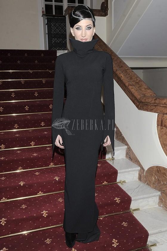 Justyna Steczkowska w czarnej sukni