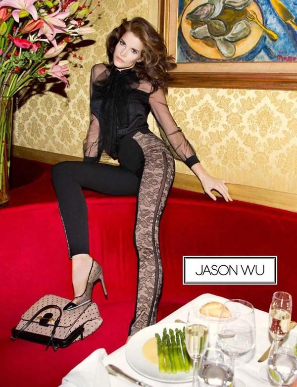 Jason Wu jako model we własnej kampanii