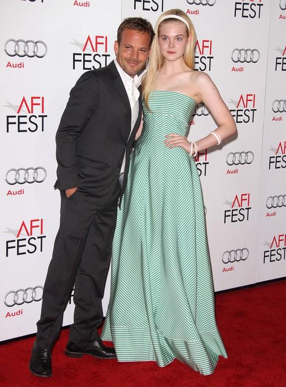 Elle Fanning w sukni Oscara de la Renty