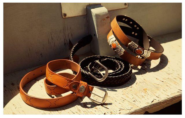 Stradivarius - Nowy lookbook z dodatkami na lato (FOTO)
