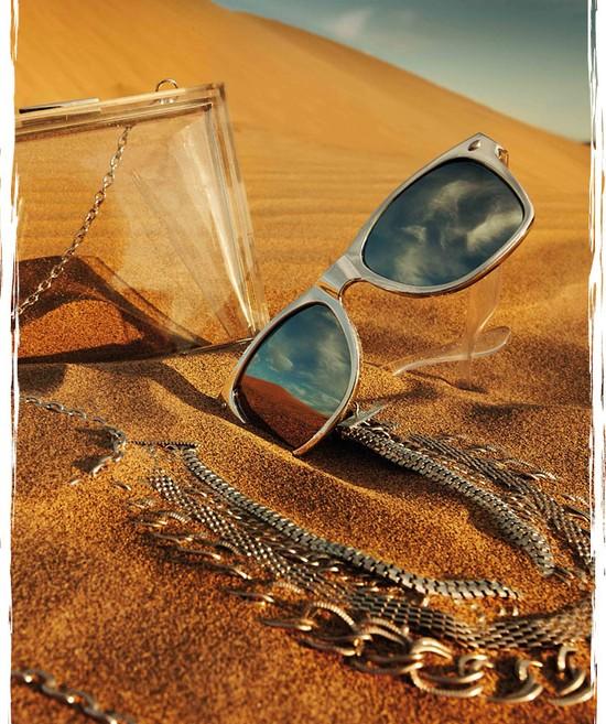 Kolekcja Stradivarius Walking on the Sand