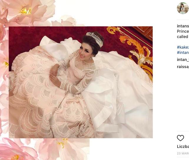 Ta suknia ślubna zrobiła furorę w sieci! Zobaczcie dlaczego... (FOTO)