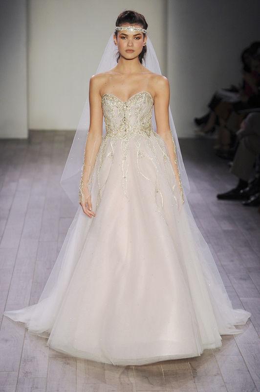 Romantyczne suknie ślubne na 2016 rok od Alvina Valenta