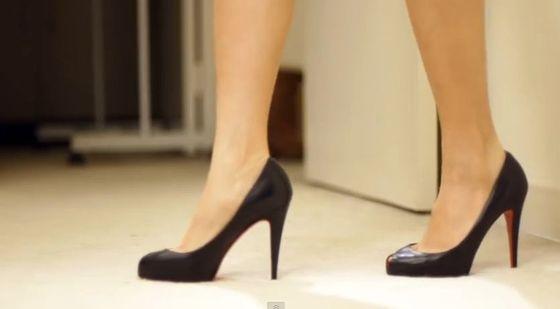 Jak chodzić w szpilkach, by wyglądać jak bogini? (VIDEO)