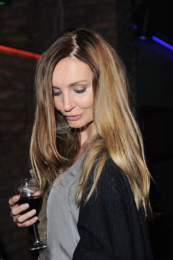Agnieszka Szulim w oversizowym płaszczu