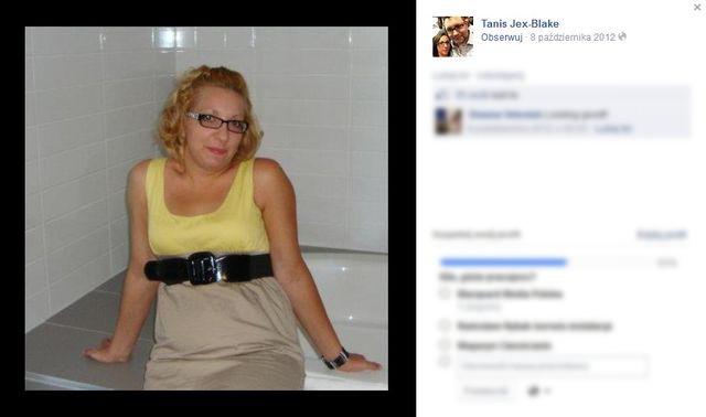 Was też obrzydza brzuch Tanis Jex-Blake? (FOTO)