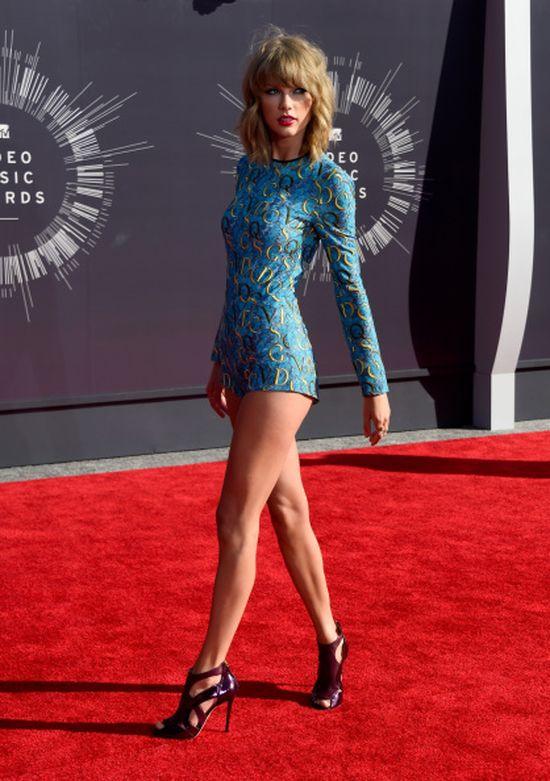 Taylor Swift została platynową blondynką! (FOTO)