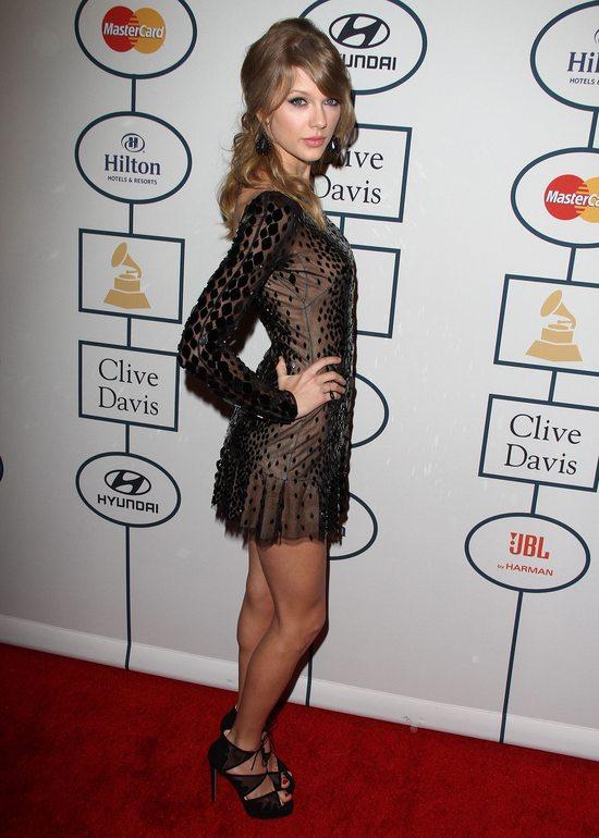 Taylor Swift w sukience Zuhair Murad (FOTO)