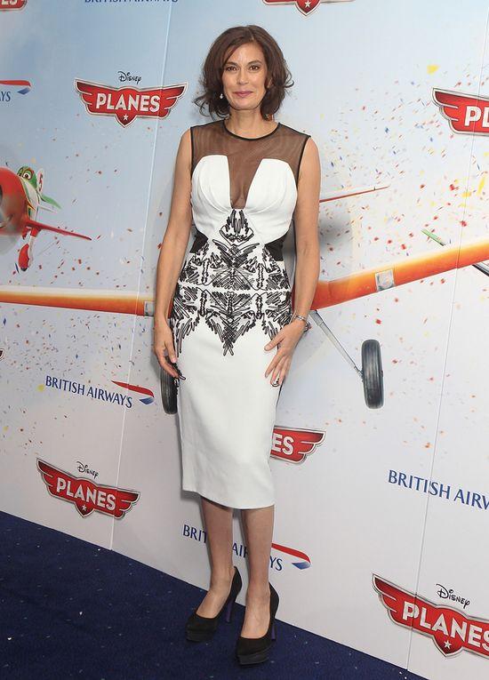 Teri Hatcher w biało-czarnej sukience