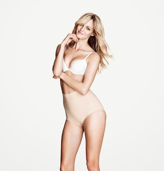 Theres Alexandersson w kampanii H&M Lingerie listopad 2013