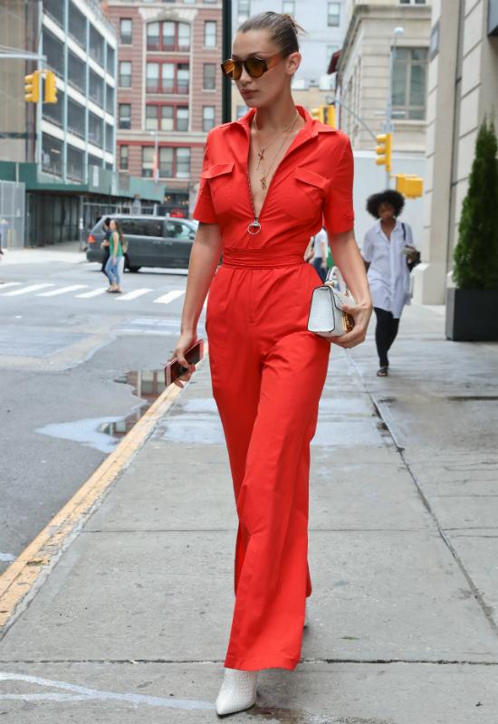 To najbardziej dziewczęca stylizacja Belli Hadid! Rezygnuje ze skandali?