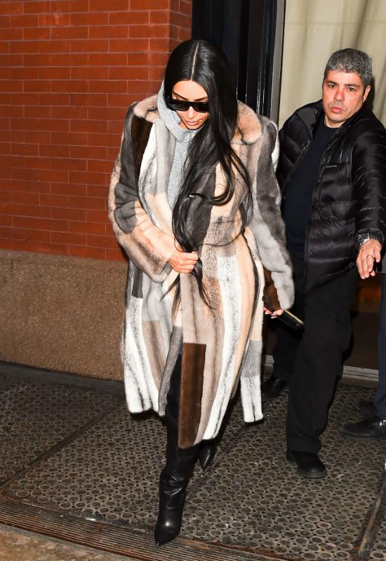 Pamela Anderson błaga Kim Kardashian: Przestań nosić futra!