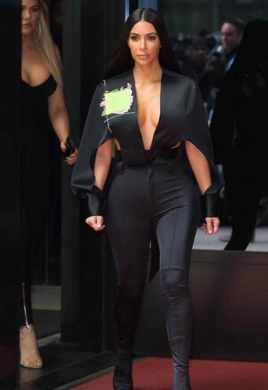 Kim Kardashian pokazała zdjęcie sprzed 10 lat! Fani: Coś ty sobie zrobiła?!