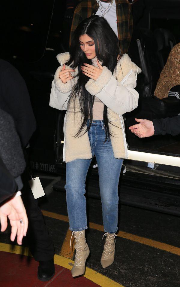 Kylie Jenner próbuje subtelnie zasugerować, że nie jest w ciąży? (FOTO)