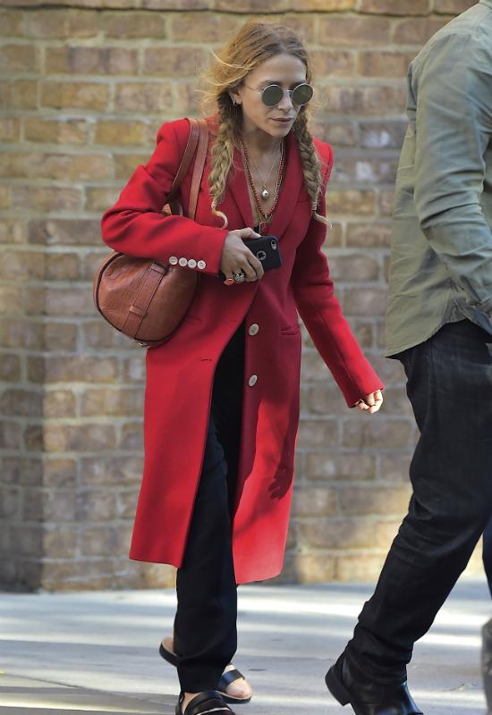 Nie uwierzycie! Co się stało z twarzą Mary Kate Olsen?! Znowu anoreksja?