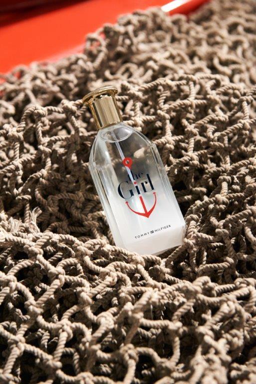 Gigi Hadid w reklamie najnowszego zapachu Tommy Hilfiger