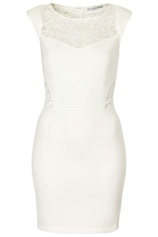 Seksowna Sofia Vergara w białej, koronkowej sukience (FOTO)