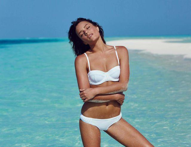 Zobaczcie gorący lookbook kostiumów kąpielowych Triangl na lato 2016