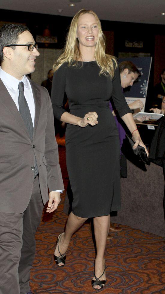 Uma Thurman w małej czarnej (FOTO)