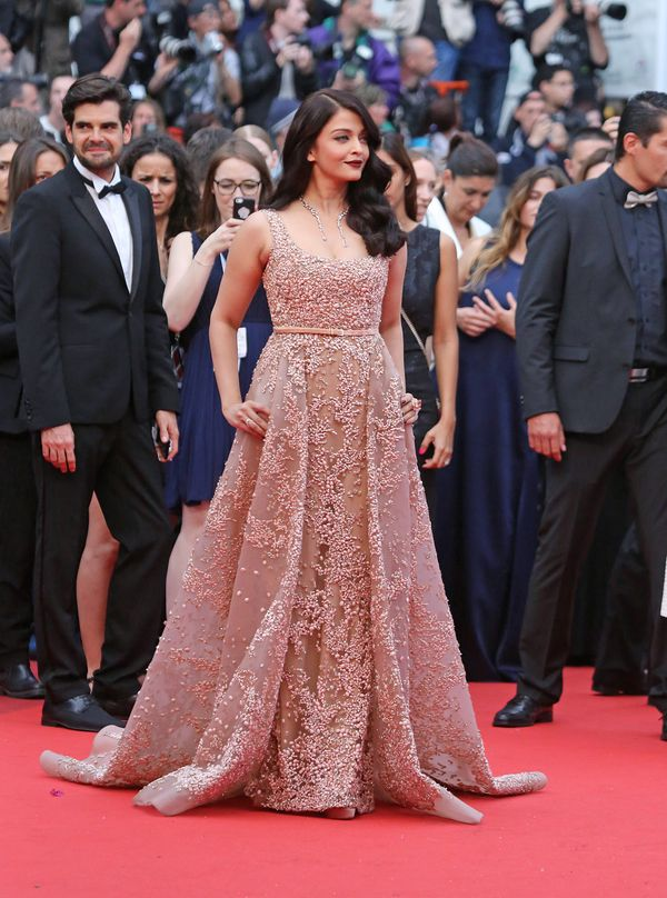 Gwiazda Bollywood, Aishwarya Rai, uwielbia błyszczeć na czerwonym dywanie