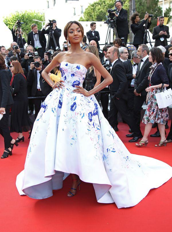 Jourdan Dunn na czerwonym dywanie w Cannes w kreacji Ralph & Russo