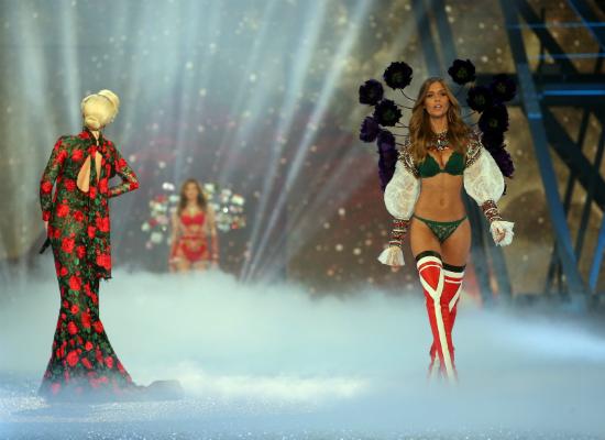 Najlepsze ststylizacje modelek z castingu Victoria's Secret