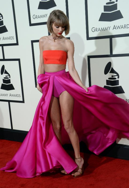 Sara Hyland staje w obronie Taylor Swift oskarżonej o liczne operacje plastyczne