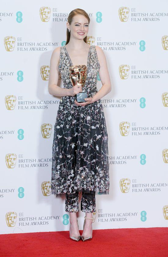 BAFTA 2017: Naprawdę nie uwierzycie, jak kończy się kreacja Emmy Stone! (FOTO)