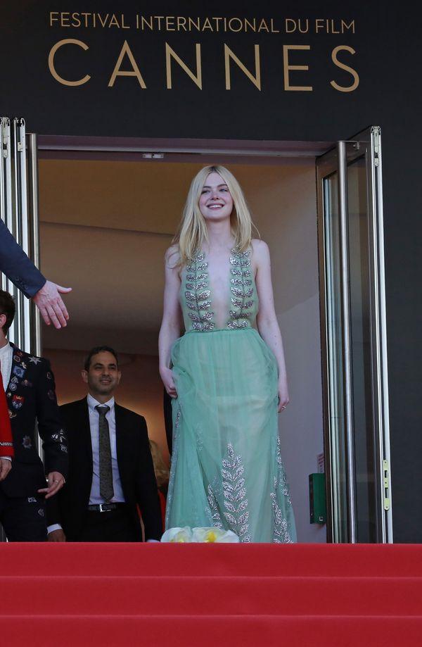Jesteśmy pewne, że będziecie zachwycone dołem sukienki Elle Fanning! (FOTO)